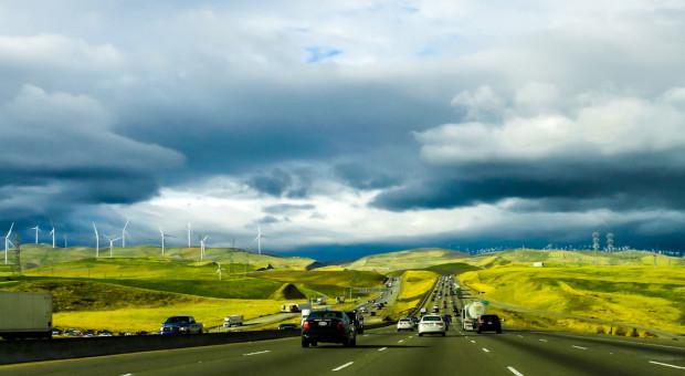 Kalifornia: 100 proc. zielonej energii elektrycznej do 2045 r