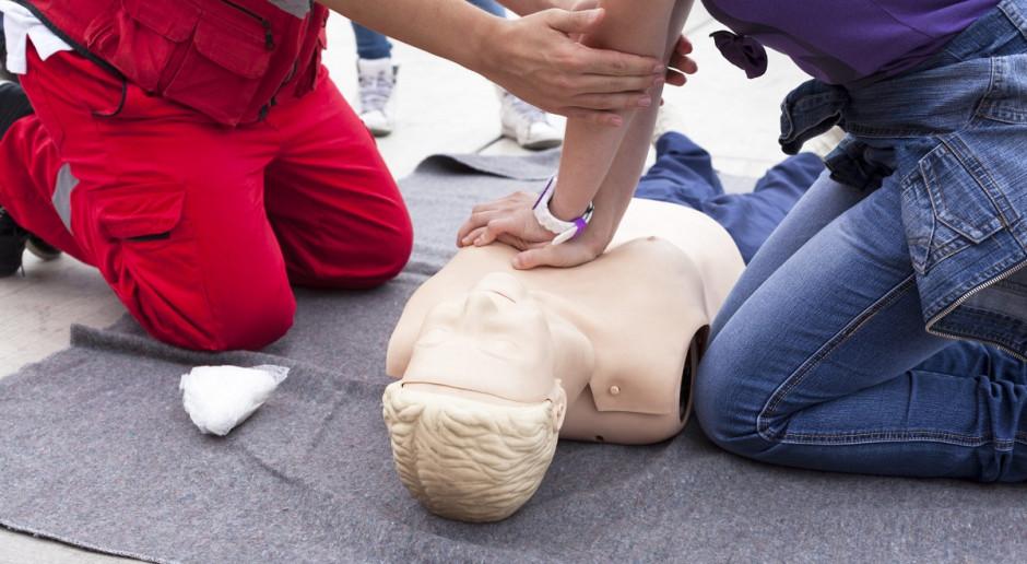Porady dotyczące pierwszej pomocy na stoisku John Deere podczas Agro Show