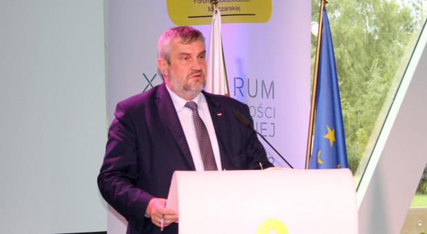 Ardanowski: Rynek mleka w Polsce będzie rozwijał się dwukierunkowo