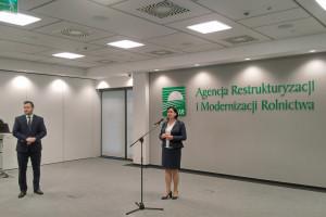 Zaliczki dopłat płyną na konta – dziś 190, jutro 160 mln zł