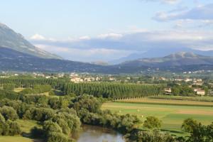 Włochy: Bezpłatna ziemia dla rodzin, w których urodzi się trzecie dziecko