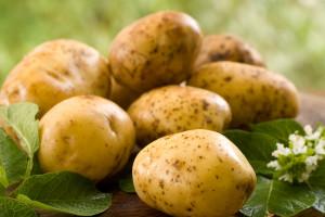 Egipt: Policja wkracza do walki z niedoborem i drożyzną ziemniaków