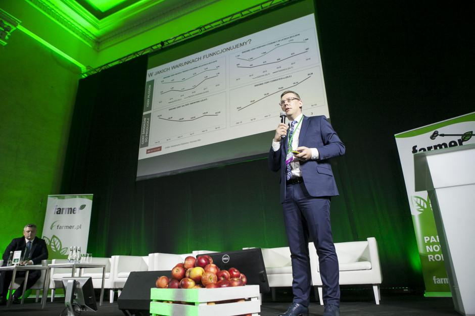 Piotr Domagała z Banku Santander skupił się w swoim wystąpieniu na zarządzaniu finansami w gospodarstwie rolnym
