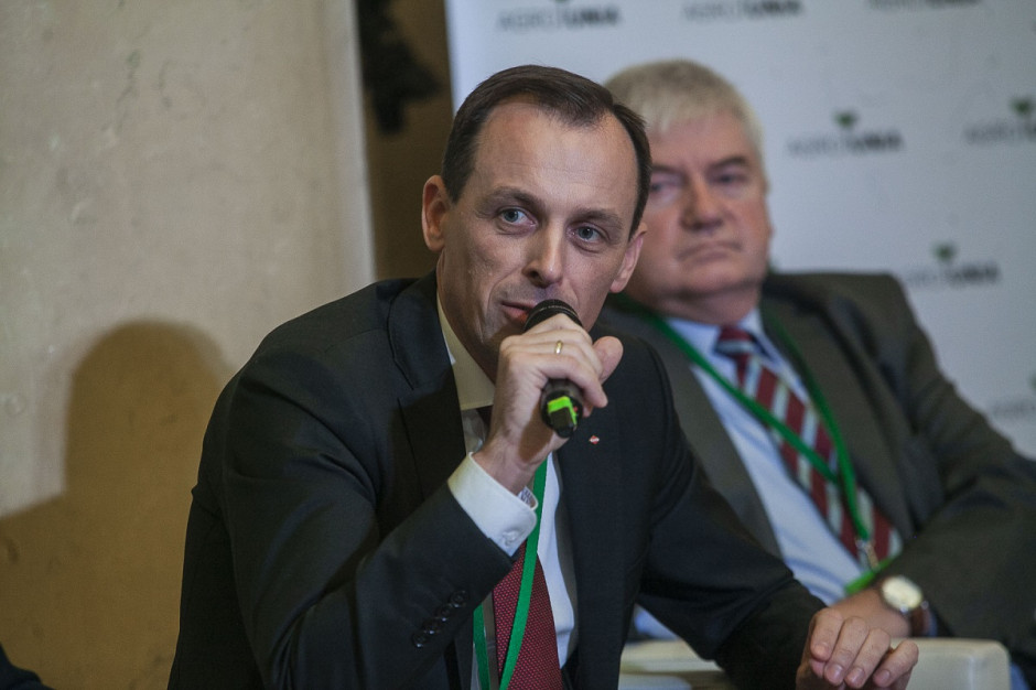 Artur Szymczak, dyrektor zarządzający w firmie Kuhn zwrócił uwagę na wpływ zmiany pokoleniowej na wdrażanie nowych technologii do gospodarstw rolnych, fot. Marek Misiurewicz