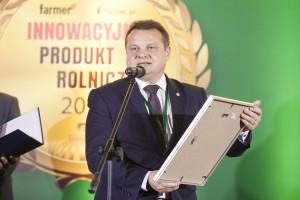 Nagrodę internautów w kategorii nasinnictwo odbiera Mariusz Koczara, Dyrektor Limagrain Central Europe Societe Europeenne Spółka Europejska oddział w Polsce za odmianę rzepaku ARCHITECT
