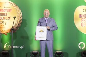 Dariusz Ziemak, Konsultant ds. hodowli drobiu, Biopoint M. Jankowski M. Niewiadomska sp. Jawna odbiera nagrodę jury dla produktu Biotix