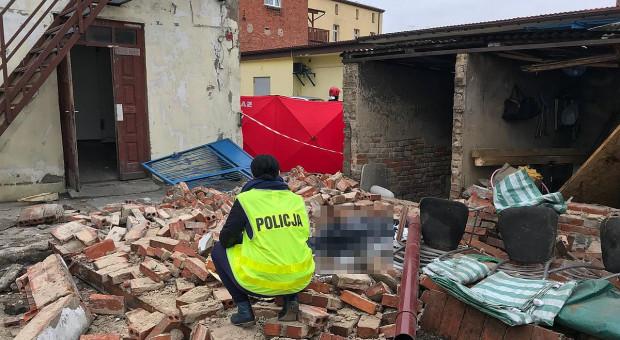 Ściana runęła na robotnika