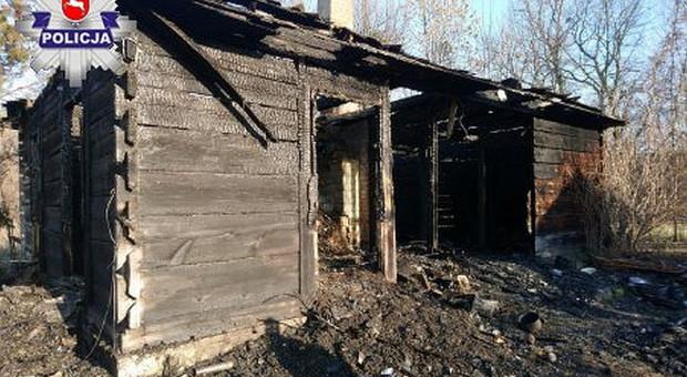 Pożar domu chciał ugasić… benzyną