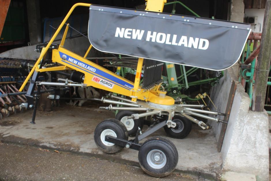 Nowa zgrabiarka w gospodarstwie ProRotor to także nowość w ofercie New Hollanda, fot.kh