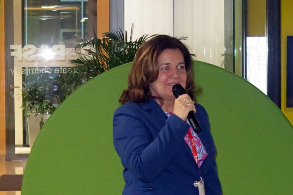 Konferencję prowadziła Monika Glen – Kierownik Działu Komunikacji i Serwisów; Fot. W.Denisiuk