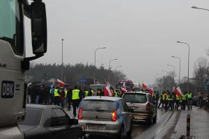 Kierowcy ze zrozumieniem podchodzili do blokady, wielu wyrażało poparcie dla rolników