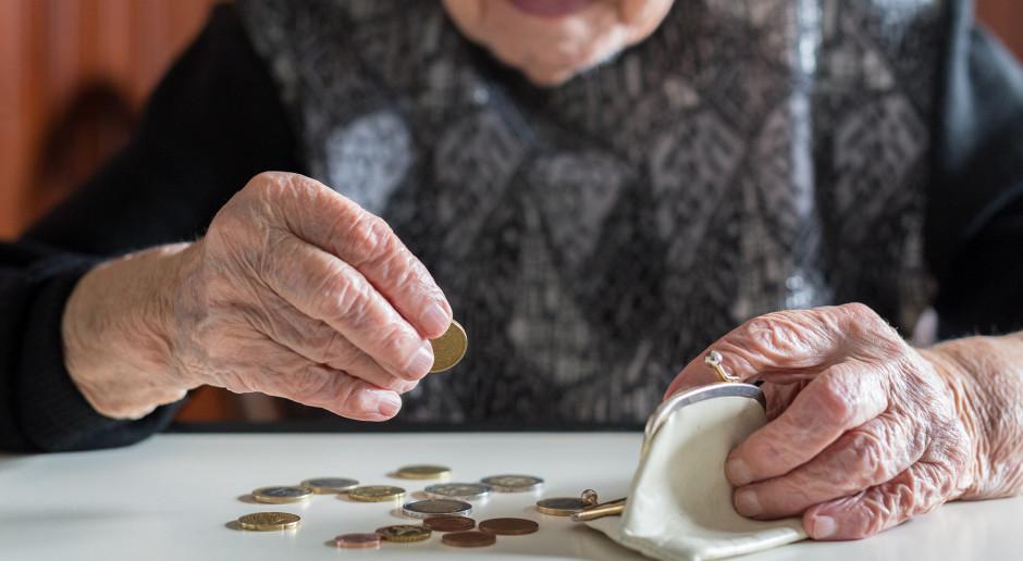 Senat przyjął poprawki do ustawy w sprawie czternastej emerytury