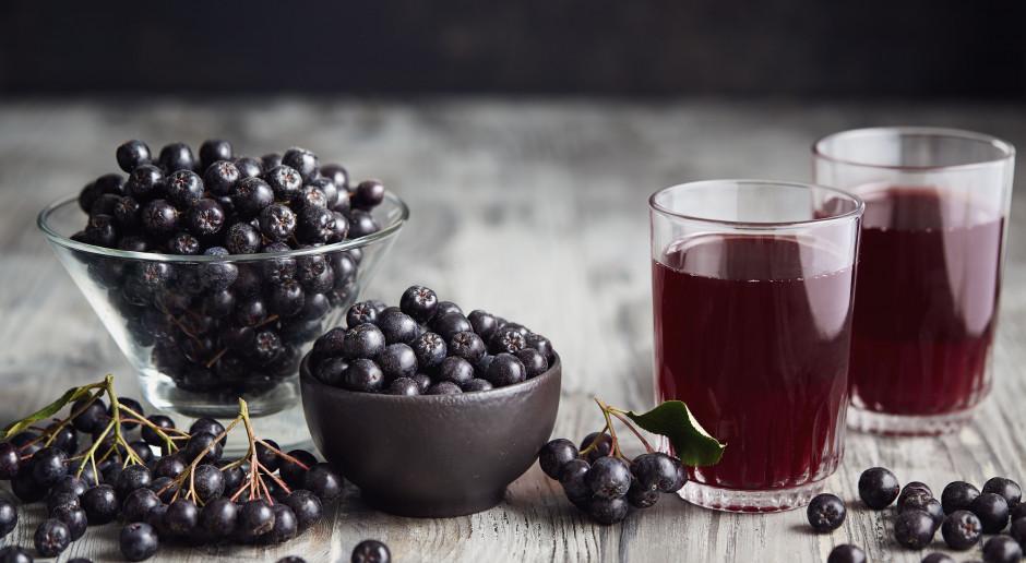 Czerwińska: możliwe wypracowanie propozycji objęcia nektarów 8-proc. stawką VAT