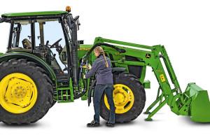 Multizłącza hydrauliczne znacząco usprawniają odłączanie i podłączanie ładowacza do ciągnika