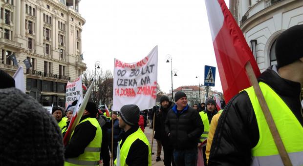 Ks. Stanisław Chodźko: Trzeba domagać się zmiany przepisów i poszanowania rolnictwa