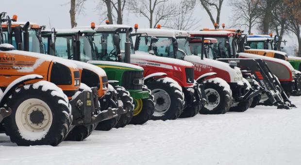 Używane ciągniki z delikatnym spadkiem sprzedaży w styczniu