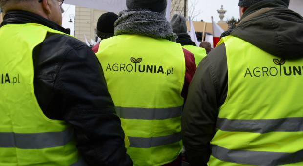 Dlaczego rolnicy wszczęli protest?