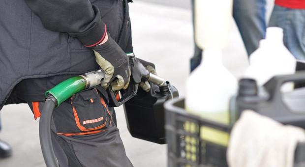 WIR apeluje do premiera w sprawie zwrotu akcyzy za paliwo