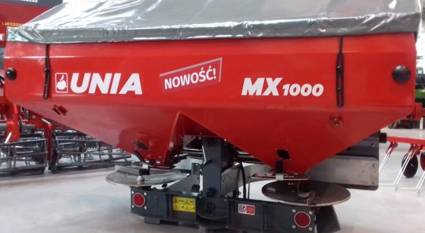 Unia prezentuje nowy rozsiewacz do nawozów MX 1000