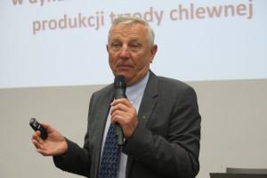 Prof. Pejsak: Nie nadążamy za pomorem
