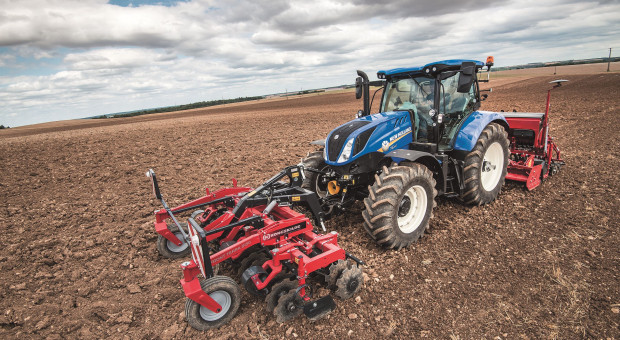 Nowe 6-cylindrowe ciągniki New Holland T6
