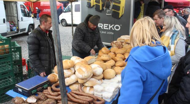 Czy targowiska i bazarki są bezpiecznym miejscem do kupowania żywności?