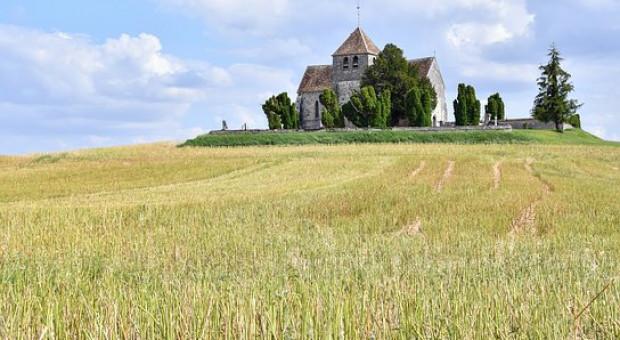 90 tys. ha przekazano nieodpłatnie kościołom z ZWRSP od 1992 roku