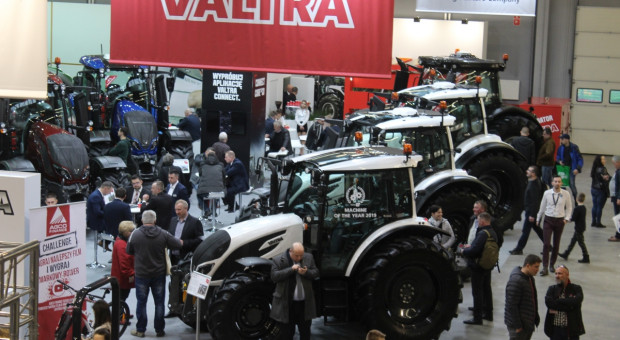 Nowa Valtra A HiTech4. Co wyróżnia ją od innych modeli?