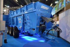 Euromilk prezentuje rozrzutnik dla największych gospodarstw