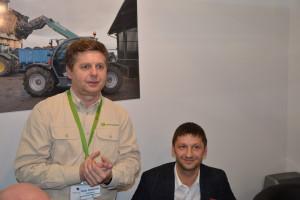 O specyfice i korzyściach współpracy między producentem i dealerami a szkołami opowiadali podczas konferencji prasowej na targach Agrotech przedstawiciele firmy John Deere i dyrektorzy placówek oświatowych, fot. mw