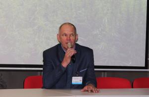 Własnymi doświadczeniami i wiedzą praktyczną dzielił sie ze słuchaczami rolnik Stanisław Prusak