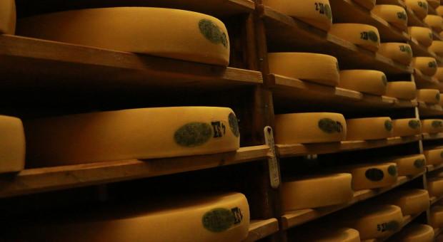 KE: Wzrósł eksport odtłuszczonego mleka w proszku z UE
