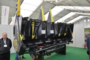 Podczas targów Agrotech przystawka Olimac Drago GT prezentowana była w wariancie 6-rzędowym, a opowiadał o niej mgr inż. Dariusz Smutyło, fot. mw