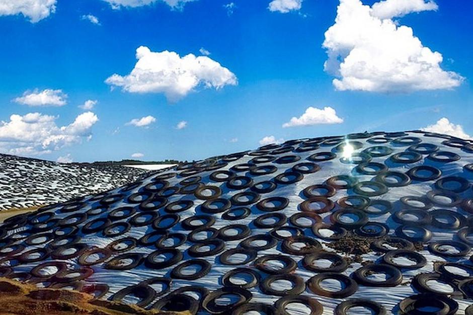 Tzw. silo-rings na pryzmie kiszonki