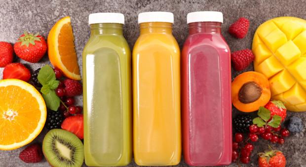 Orlen szuka producenta soków z koncentratów owocowych pod własną marką koncernu