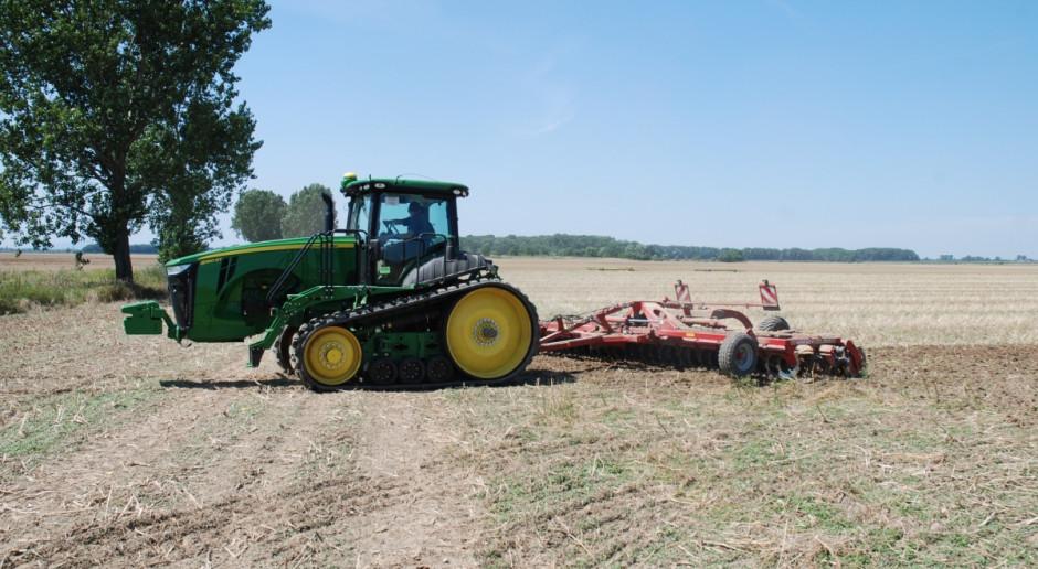 Ile zarabia traktorzysta?