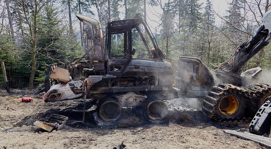 Ekoterroryści spalili maszyny leśne. Wysoka nagroda za pomoc w ujęciu sprawców