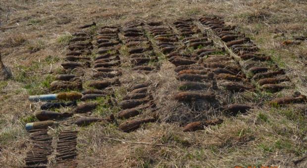 Niewybuchy wciąż straszą na polach, łąkach i w… jeziorach