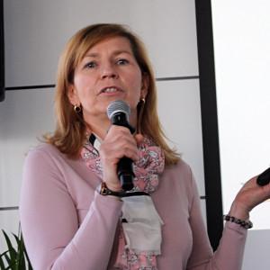 O odmianach rzepaku marki DEKALB opowiedziała Katarzyna Gallewicz Fot. A. Kobus