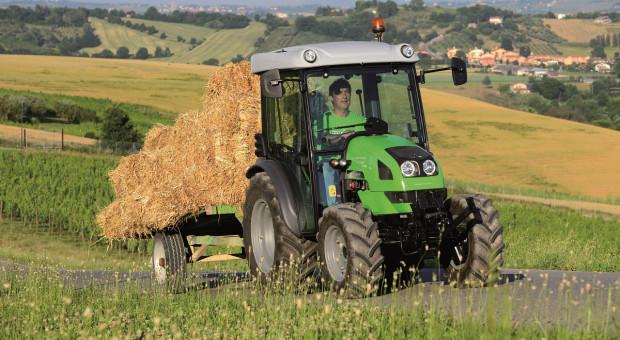 Wielka Brytania: Rolnicy kupują mniej ciągników