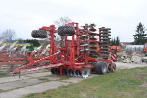 W parku maszynowym pani Agnieszki znajduje się też nowoczesny sprzęt uprawowy, fot. mw