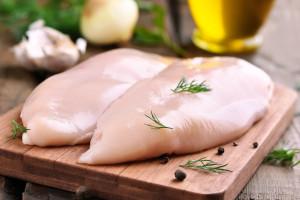 Czechy: Salmonella w mięsie drobiowym z Polski
