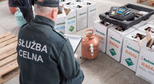 KAS zatrzymała prawie 25 ton nielegalnie wwiezionych czynników chłodniczych