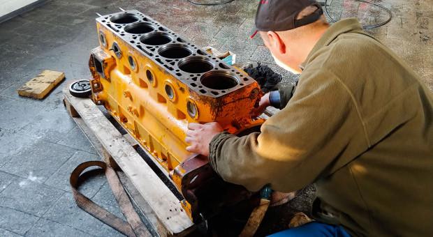 Kapitalny remont silnika maszyny rolniczej