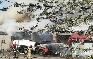 Z żywiołem walczyło aż 15 zastępów strażackich
