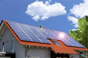 Emilewicz: PKO BP wypełnia lukę w finansowaniu inwestycji w mikroinstalacje fotowoltaiczne