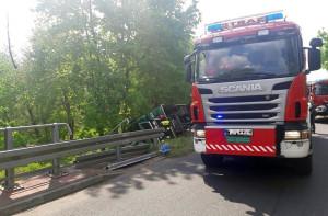 Do wypadku doszło na łuku drogi relacji Klonowa-Czajków Foto: OSP Lipicz