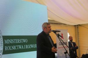 Ardanowski: Potrzebna jest dyskusja nad modelem produkcji trzody w Polsce