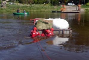 Strażacy musieli użyć specjalistycznego sprzętu do ratownictwa wodnego