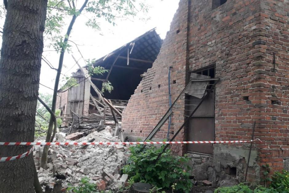 Zdarzenie miało miejsce w miejscowości Ziemnice, w gminie Osieczna, zdjęcia: KM PSP Leszno
